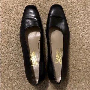 Salvatore Ferragamo Black Shoes 10.5 B